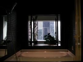 風呂,浴室,バスルーム,出窓